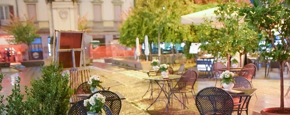 Como, bar e ristoranti: «Una mazzata»  Fiere in ginocchio, salta Comocrea