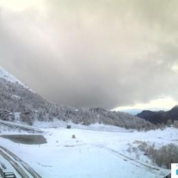 Piani di Bobbio, prima neve  Ultimatum sulle cabinovie