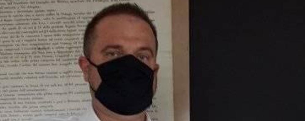 Il sindaco di Capiago è al Sant'Anna  Cappelletti: «Ho la polmonite da Covid»