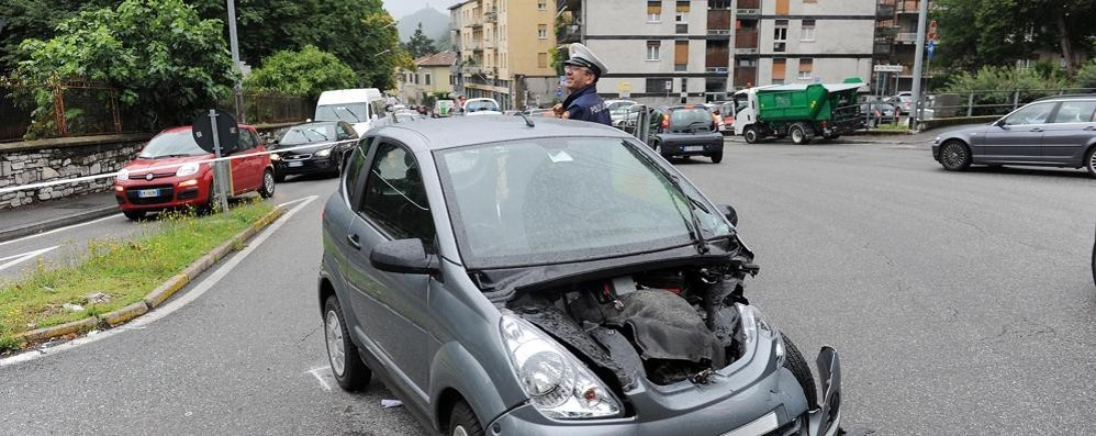 Incrocio di via Bellinzona più sicuro   A fine anno (forse) il test con la rotonda