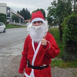 Babbo Natale in zona rossa  Niente saluti sulla Briantea