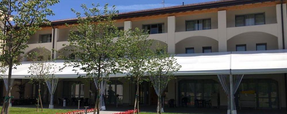 Covid, boom di casi nel Canturino  Rsa di Cucciago: 72 ospiti positivi