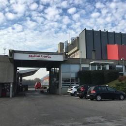 Alzate, operaio cade da 5 metri  Ricoverato a Varese: è grave