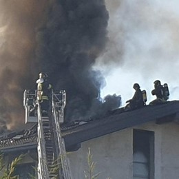 Senna, stufa provoca incendio  In fiamme 250 metri di tetto