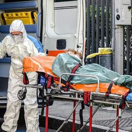 Anziani, ancora lutti  Solo ieri 15 decessi  in provincia di Como