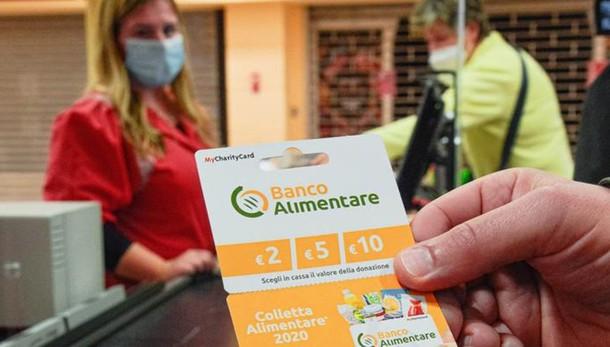 La Colletta Alimentare è smart  «Tessere da due a dieci euro»
