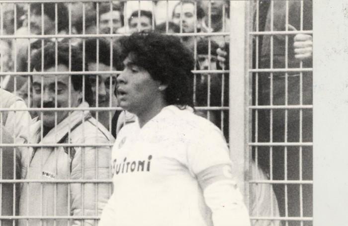 Diego Armando Maradona allo stadio Sinigaglia di Como