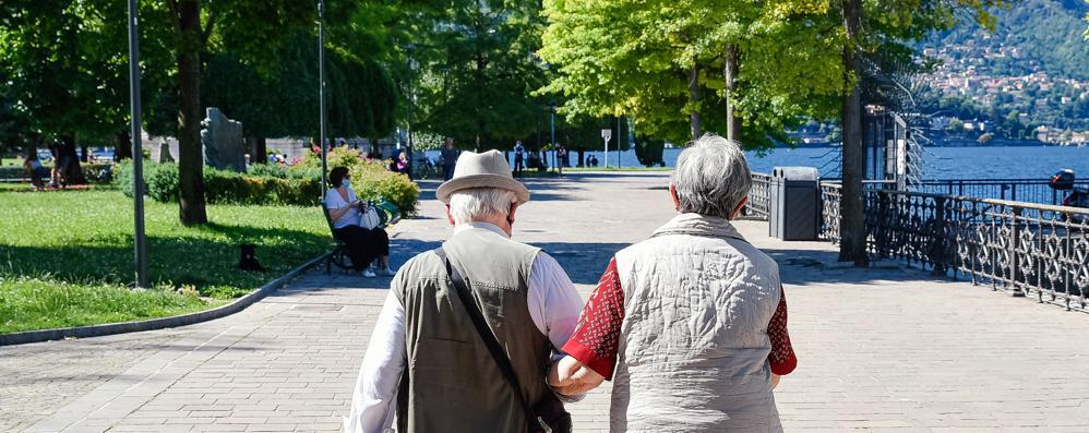 Anziani Rischio Depressione Mantenere Attiva La Mente Cronaca Como