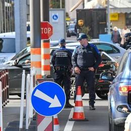 Contagi sul confine  Il Ticino pensa al lockdown