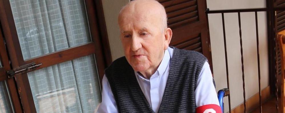 """Addio all'ex parroco don Egidio Era il """"capitano"""" del Gs Carimate"""