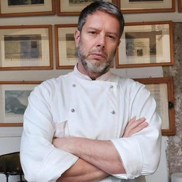 """Lambrugo, lo chef della """"prova del cuoco""""  «Perso il 72% di incassi, fateci lavorare»"""