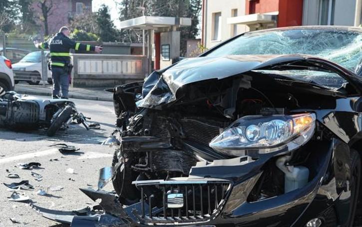 Muggiò, spaventoso incidente Grave un motociclista