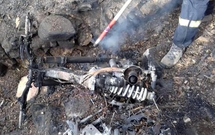La moto fa scoppiare l'incendio Ora il proprietario rischia grosso