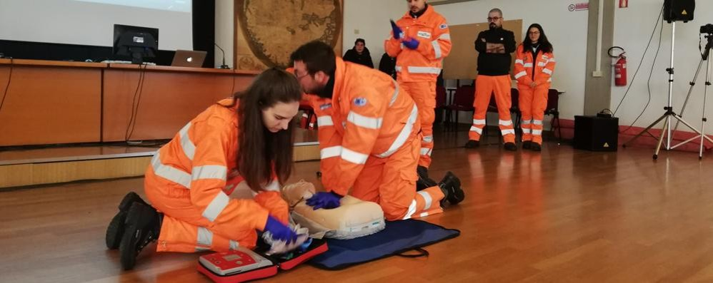 "Mariano, la Croce Bianca al ""Monnet""  «Fate i volontari insieme a  noi»"