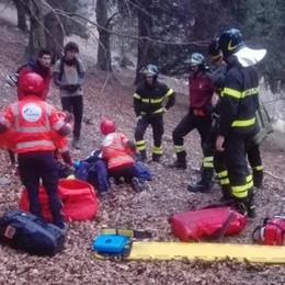 Cade in mountain bike Soccorso dai pompieri