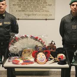 Maschere di Carnevale non sicure Sequestri a Olgiate e Vertemate