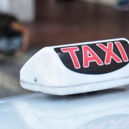 Como: albergatori contro taxisti  «Clienti su auto private»