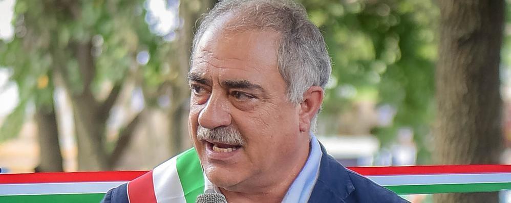 Coronavirus, il sindaco di Como: «Non venite in Comune»