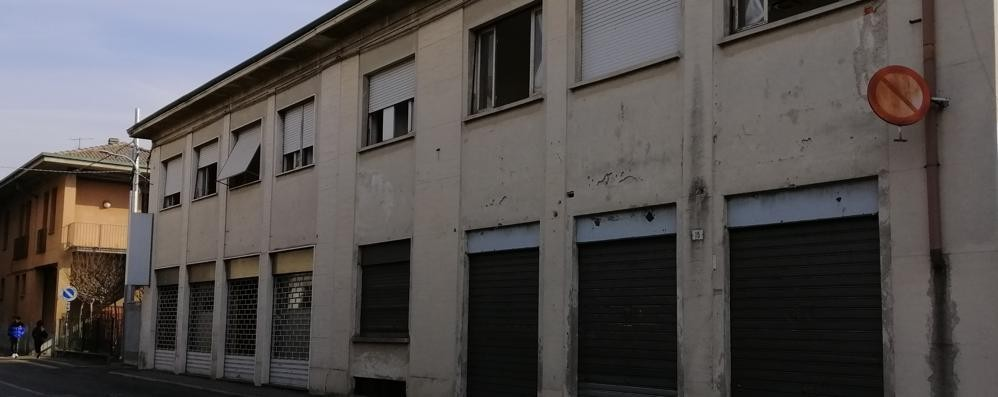 Vecchia cooperativa addio  Nuovi appartamenti a Cabiate