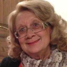 Villa Guardia dice addio   alla storica professoressa