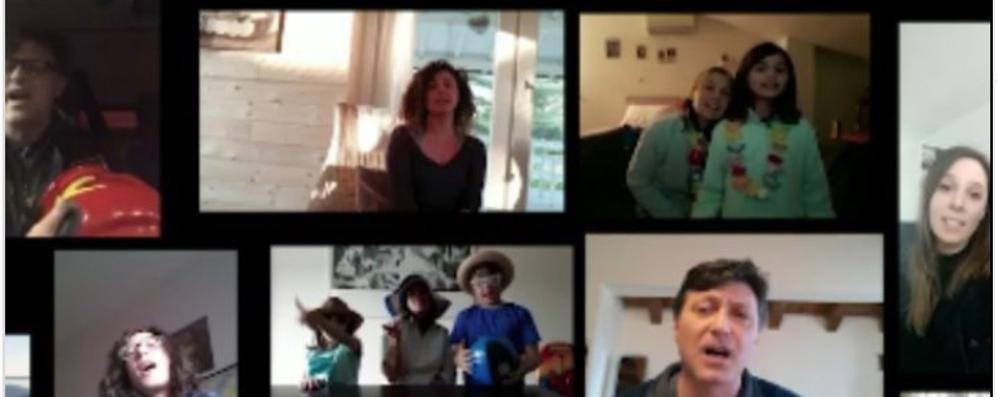 """Cirimido, tutti in video a cantare """"Azzurro"""""""