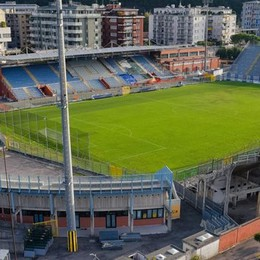 Nuovo stadio, vertice Como-Comune