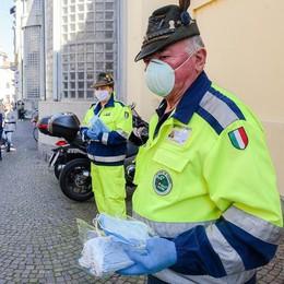La Regione: 190mila mascherine  in arrivo per la provincia di Como