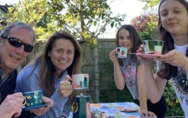 """Griante, il """"tè dei Picitt"""" conquista tutti  Foto da Londra, Germania e Francia"""
