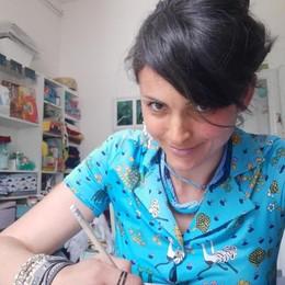 Como, Giada Negri e i disegni che aiutano