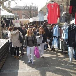 Erba, la piazza senza mercato  Spunta l'idea Lariofiere o via Milano