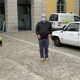 San Fermo e la Fase 2  Bollini gialli sulla piazza