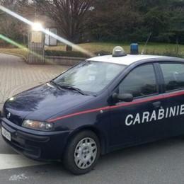 Aggredisce due carabinieri  Giovane arrestato a Lomazzo