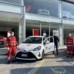 Coronavirus, la solidarietà  Dal Gruppo  Rivauto  due auto alla Croce Rossa