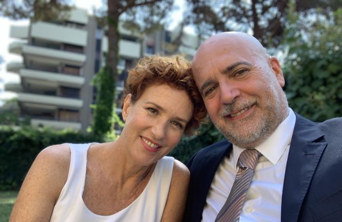 L'attore con Lucrezia Lante della Rovere