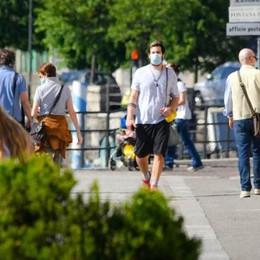 Fase 2 a Como: tanta gente in centro  Rispettato l'obbligo di mascherina