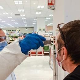 Coronavirus e Lombardia  Ecco chi riapre il 14 aprile