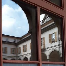 La Pasqua delle famiglie in crisi  Già cento buoni spesa a Cantù