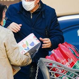 Como: i conti del virus  Fare la spesa costa molto di più