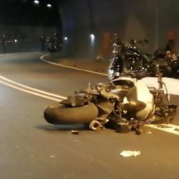 Dongo, tragico incidente in galleria   Motociclista muore sulla Regina