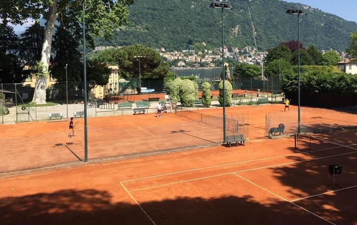 La scuola del Tennis Como prosegue a giugno e luglio