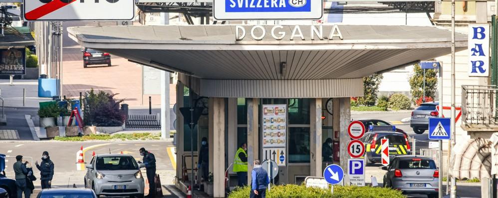 Coronavirus in Ticino  Aprono bar e ristoranti,  registrazione dei clienti