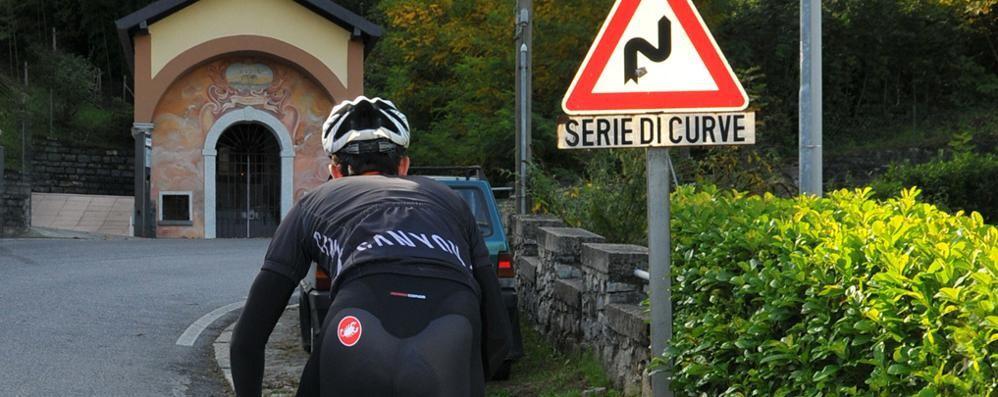 «Sport solo per i residenti»  Ma sul Ghisallo si può salire