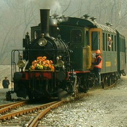 Ferrovia di Valmorea, la svolta  Dal turismo ai frontalieri