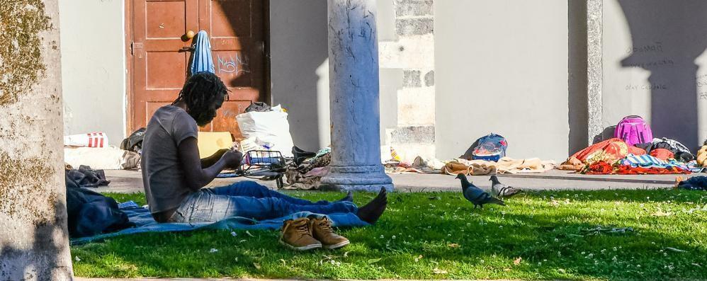 Como: decine accampati  A San Francesco è di nuovo allarme