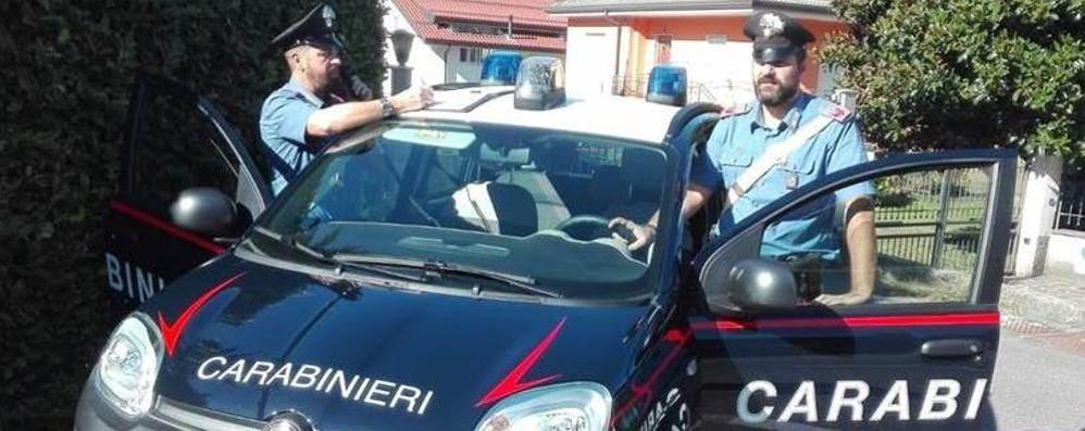 """""""Riscatto"""" di 100 euro per il cellulare Arrestati due stranieri a Cermenate"""