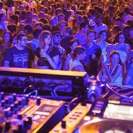 Svizzera: 300 in quarantena  dopo una serata in discoteca