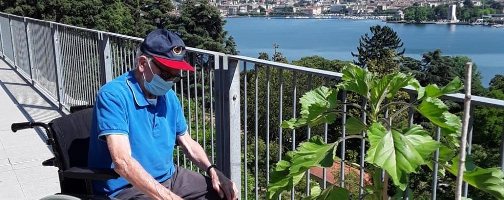 Arnaldo, nonno giardiniere  A 92 anni tiene testa al covid
