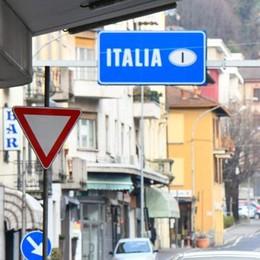 Ticino, lo stipendio medio  è di 5.905 euro  «In Svizzera sono pochi»
