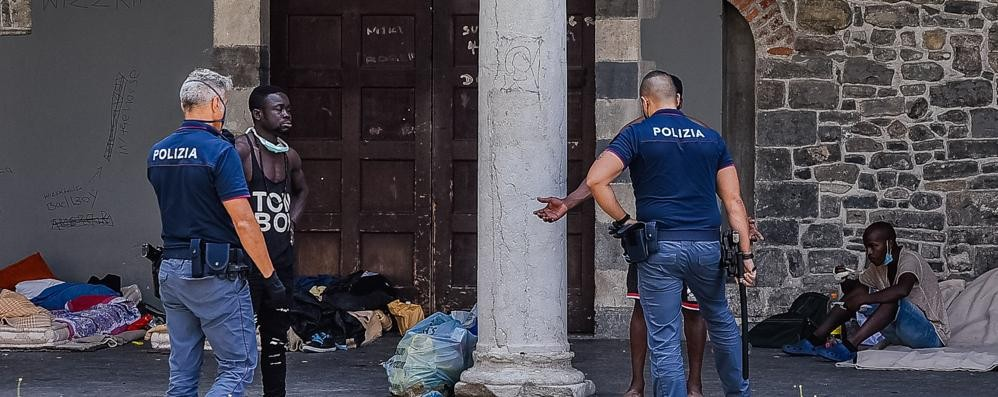 Vergogna senzatetto  Per il Comune va bene così