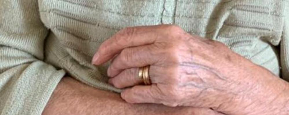 Ritrovati gli anelli spariti in ospedale  «Dopo l'emergenza verifiche accurate»
